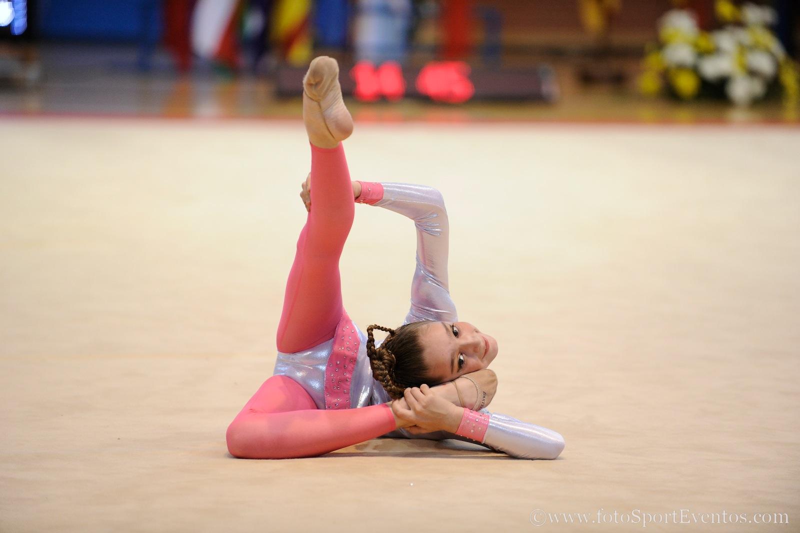 Tarde liga iberdrola rfeg gimnasia art stica girona 2017 for Definicion de gimnasia