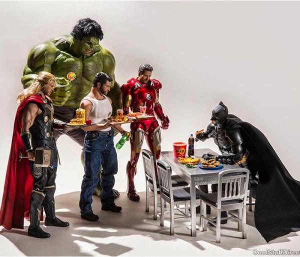 superheroes-situaciones-cotidianas-04-600x514
