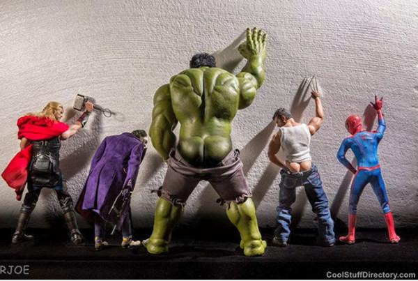 superheroes-situaciones-cotidianas-05-600x403