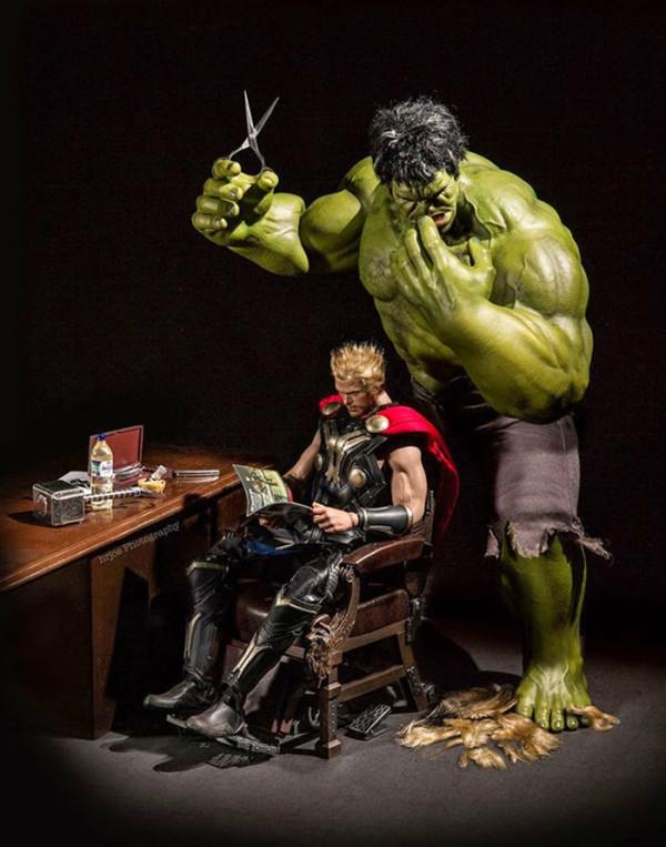 superheroes-situaciones-cotidianas-07-600x763