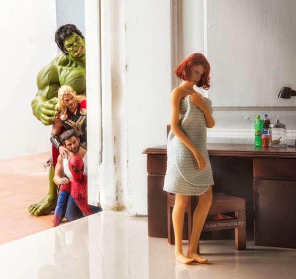 superheroes-situaciones-cotidianas-15-600x566
