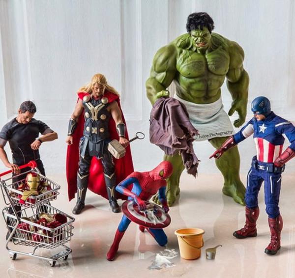 superheroes-situaciones-cotidianas-16-600x566