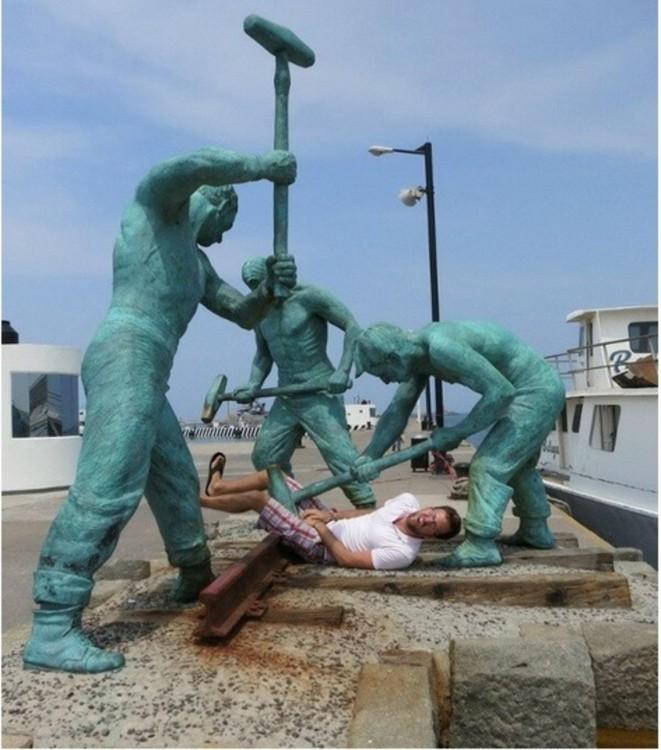 Estatuas-2-661x750