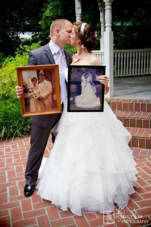 42-impossibly-fun-wedding-photo-ideas-youll-want-to-steal-500x750