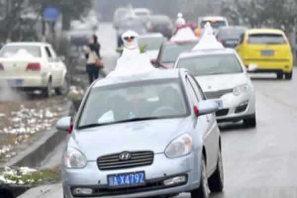 munecos-nieve-autos-06