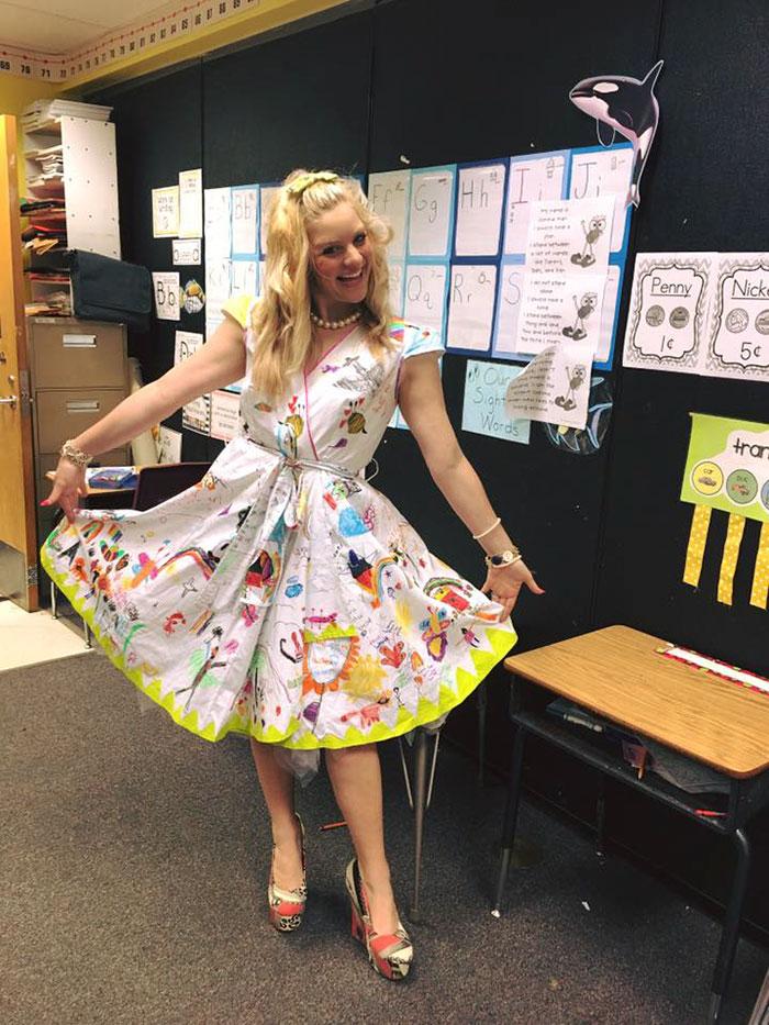 vestido-profesora-pintado-alumnos-chris-castlebury-2